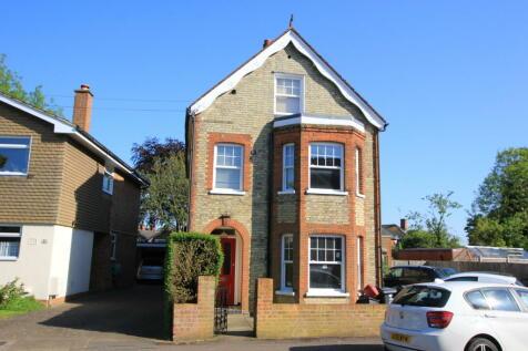 Essex Road, Stevenage. 1 bedroom ground floor flat