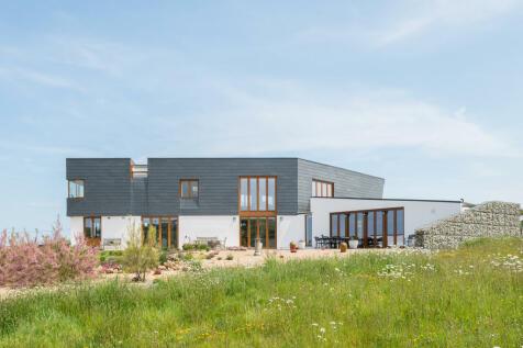Warrenders, Fairlight, East Sussex. 3 bedroom detached house for sale