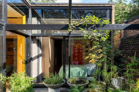 Harfield Gardens, Grove Lane, London SE5. 3 bedroom detached house for sale