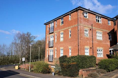 Gardeners Place, Chartham, Canterbury, CT4. 2 bedroom apartment