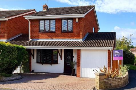 Balmoral View, Milking Bank, DY1. 3 bedroom detached house