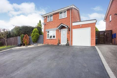 Salisbury Close, Milking Bank, Dudley, DY1. 3 bedroom detached house