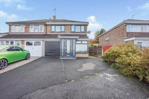 Magdalen Close, Dudley, DY1. 3 bedroom semi-detached house for sale
