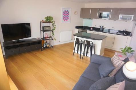 1 Wharf Approach, Leeds, LS1. 1 bedroom apartment