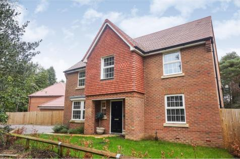 Montefiore Drive, Sarisbury Green, Southampton, SO31. 4 bedroom detached house