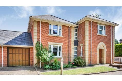 The Firs, Winchester, SO22. 4 bedroom detached house