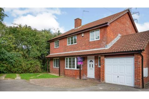 Oviat Close, Southampton, SO40. 5 bedroom detached house for sale