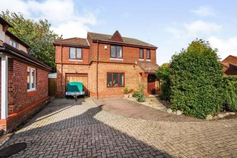 Barton Drive, Southampton, SO31. 4 bedroom detached house for sale