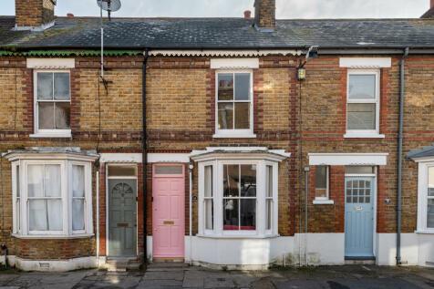 King Edward Street, Whitstable, Kent, CT5. 2 bedroom terraced house
