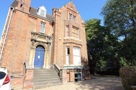 Park Road, Peterborough. 2 bedroom flat