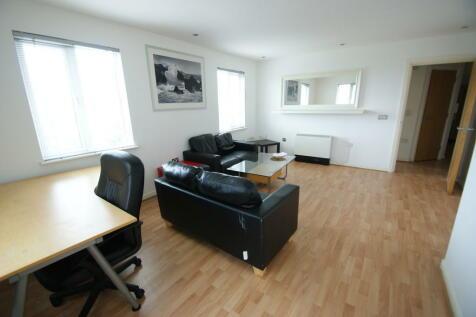 Livorno House, Ffordd Garthorne. 2 bedroom apartment