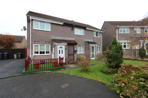 Chestnut Close, Ebbw Vale. 2 bedroom terraced house