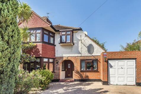 Beechcroft Avenue, New Malden, KT3. 4 bedroom semi-detached house for sale