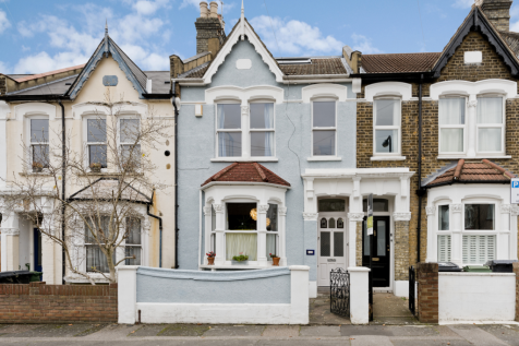 Cairo Road, Walthamstow, London, E17. 5 bedroom terraced house for sale