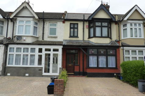 Colombo Road, Ilford, IG1. 3 bedroom terraced house