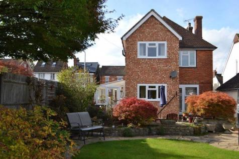Goldsmid Road, Tonbridge. 3 bedroom detached house for sale