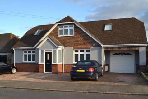 North Tonbridge. 4 bedroom detached house for sale