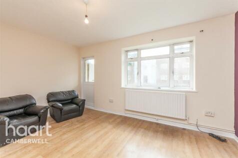 Barnet House , SE5. 3 bedroom flat