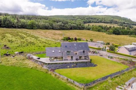 Rosneath. 4 bedroom detached house