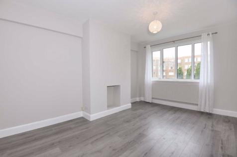 Kimber Road, Earlsfield. 1 bedroom flat