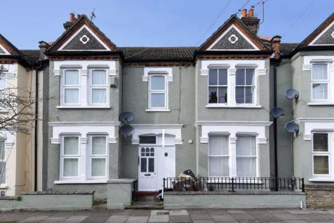 Delia Street, Earlsfield. 2 bedroom flat