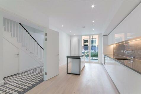 Royal Crest Avenue, Royal Wharf, London, E16. 4 bedroom terraced house for sale