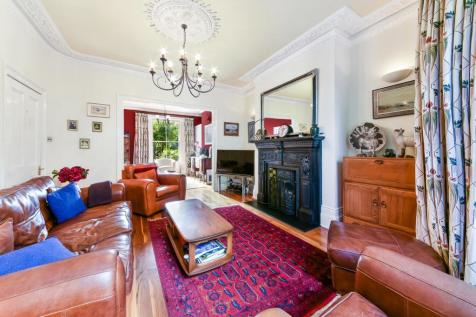 Bonner Road, London, E2. 5 bedroom terraced house for sale