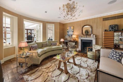 Chelsea Square, London, SW3. 5 bedroom semi-detached house for sale