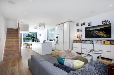 Lamont Road, London, SW10. 4 bedroom terraced house for sale