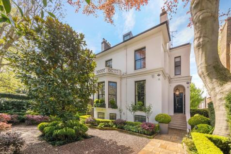 Addison Road, Holland Park, London, W14. 4 bedroom detached house