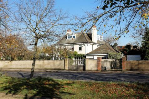 Parkside Avenue, Wimbledon, SW19. 8 bedroom detached house for sale