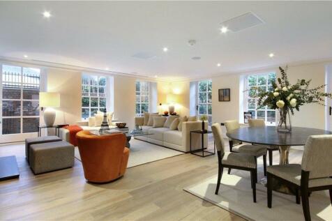 Flat 3, Eagle House, High Street, Wimbledon Village, London, SW19. 2 bedroom flat for sale