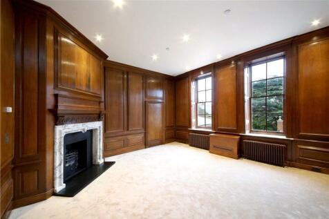 Flat 5, Eagle House, High Street, Wimbledon Village, London, SW19. 3 bedroom flat for sale