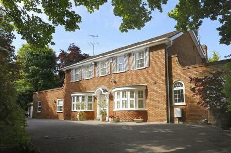 Randolph Close, Coombe Park, Kingston Upon Thames, Surrey, KT2. 4 bedroom detached house for sale