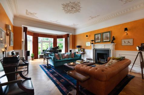 Wimbledon Park Side, Wimbledon, London, SW19. 5 bedroom flat for sale