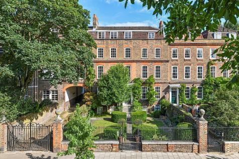 Clapham Common North Side, Clapham, London, SW4. 7 bedroom terraced house for sale