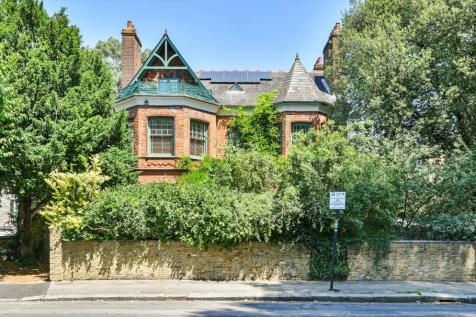 Spencer Park, London, SW18. 9 bedroom detached house