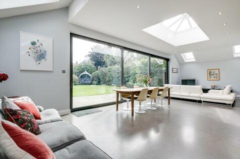 Ellerton Road, London, SW18. 5 bedroom semi-detached house