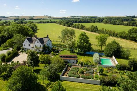 Westcot Lane, Sparsholt, Wantage, Oxfordshire, OX12. 7 bedroom farm house for sale