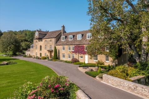 Garsdon , Malmesbury, SN16. 5 bedroom detached house for sale