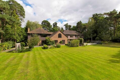 West Road, St George's Hill, Weybridge, Surrey, KT13. 5 bedroom detached house for sale