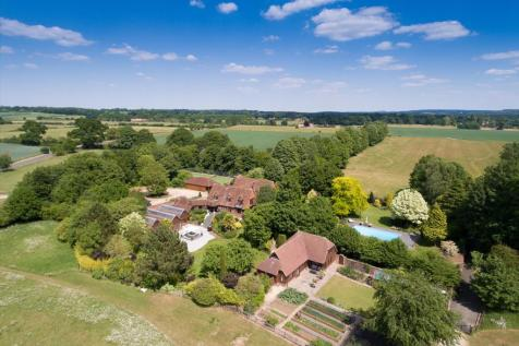 The Coach Road, West Tytherley, Hampshire, SP5. 5 bedroom detached house for sale