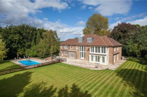 Cobden Hill, Radlett, Hertfordshire, WD7. 6 bedroom detached house for sale