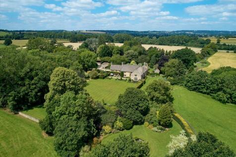 Nr Broadwell, Moreton-in-Marsh, GL56. 9 bedroom detached house for sale