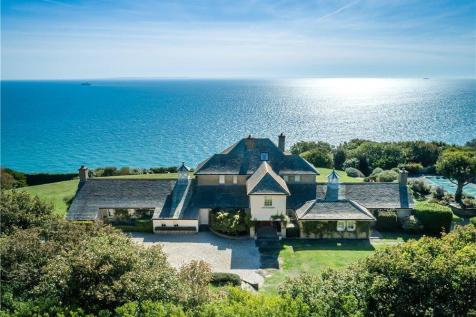 The Front, St Margarets Bay, Dover, Kent, CT15. 5 bedroom detached house for sale