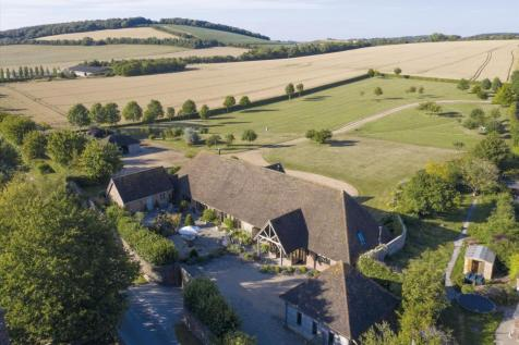 East Meon, Petersfield, Hampshire, GU32. 6 bedroom detached house for sale