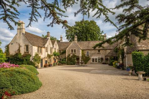 Luckington, Wiltshire, SN14. 7 bedroom detached house