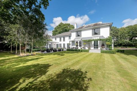 Malvern Road, Cheltenham, Gloucestershire, GL50. 5 bedroom detached house