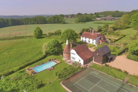 Little Nineveh, Nineveh Lane, Benenden, Cranbrook, Kent, TN17. 6 bedroom detached house for sale