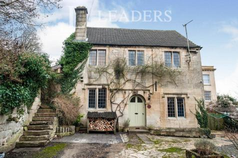 Brimscombe Court Cottage, Thrupp. 4 bedroom detached house